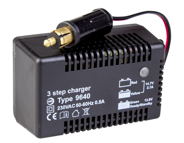 Ladegerät 9640 12V 2,7A Ladestecker Starthilfe X-trapower
